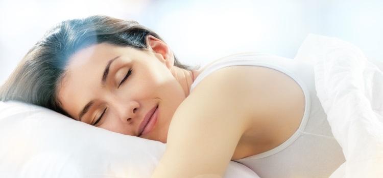 Schlafen auf dem Bauch